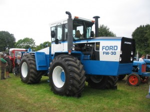 Ford_FW-30_tractor_-_geograph.org.uk_-_572933